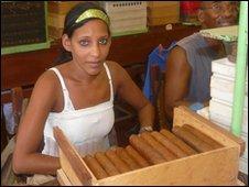 Cigar roller Yarima