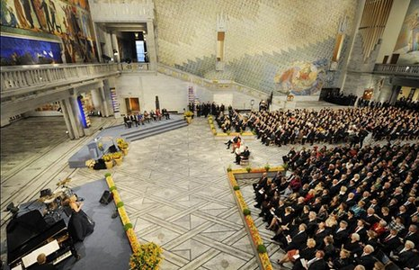 Audience in Oslo City Hall