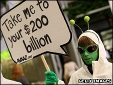Climate protester dressed as an alien (Getty Images)