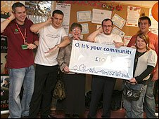 Receiving a cheque at Somerton Hope Community Centre