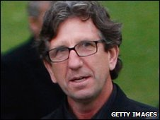 Plymouth manager Paul Mariner