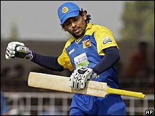 Tillekeratne Dilshan reaches his century for Sri Lanka