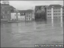 Floods in Worcester 1965