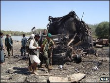 Scene of the airstrike in Kunduz, Afghanistan (4 Sept 2009)