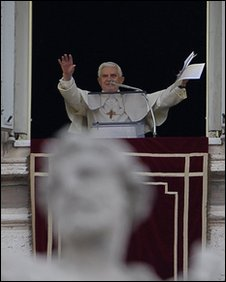 """Pope Benedict XVI celebrates the Angelus from his appartment overlooking Saint-Peter""""s Square at the Vatican on December 13,"""