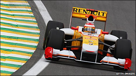 Fernando Alonso in a Renault at the Brazilian Grand Prix