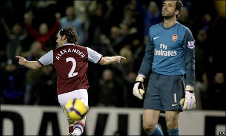 Graham Alexander celebrates his equaliser for Burnley against Arsenal