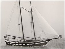 The schooner Wavewalker