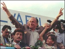Ion Iliescu at an election really in 1990