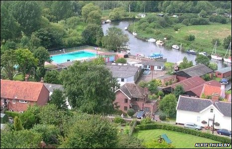 Bbc Beccles Lido Wins 163 140 000 Funding From British Gas