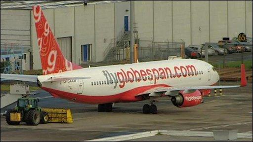 A Flyglobespan plane