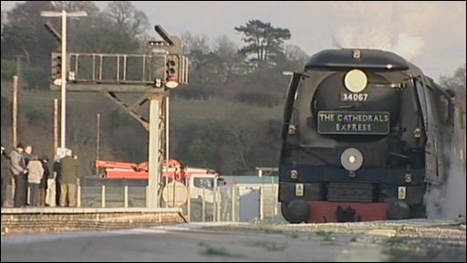 tangmere steam train at yeovil junction station dec 2009