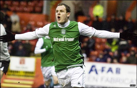 Anthony Stokes celebrates scoring at Pittodrie