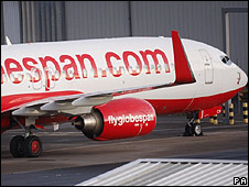 Flyglobespan plane on tarmac