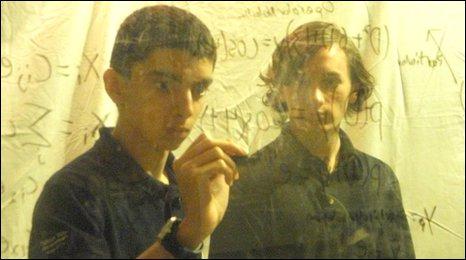 Daniel Asturias and Isaac Harwell. Photo Daniel Asturias