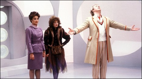 Janet Fielding as Tegan, Sarah Sutton as Nyssa and and Peter Davison as The Doctor in Castrovalva