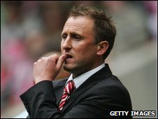 Cheltenham manager Mark Yates