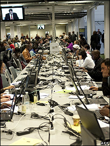 Copenhagen summit's media centre (Image: AFP)