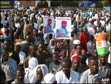 Marchers in Niger