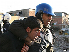 Arrest during clashes between Kurds and Turkish police in Diyarbakir, 14 Dec 09