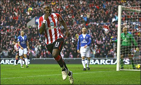 Darren Bent puts Sunderland in front