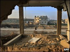 Damaged buildings in Jabalia, Gaza (27 December 2009)
