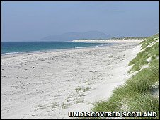 West beach on the west of Berneray (This pic by Undiscovered Scotland)