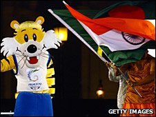 Delhi takes over as host nation at the closing ceremony of the 2006 Melbourne Games