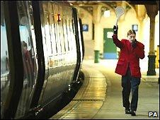 A train at Edinburgh Waverley station