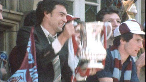 West Ham's Trevor Brooking with FA Cup