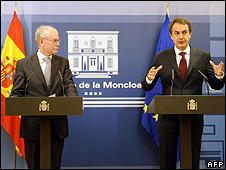 EU president Van Rompuy (left) and Spanish PM Zapatero, 15 Dec 09