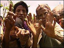 Villagers in Dache Goffara, Ethiopia