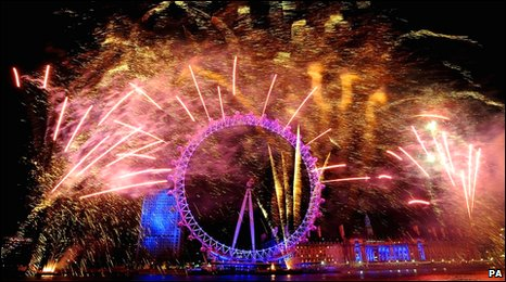 Fireworks around the London Eye just after midnight