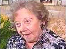 Helen Lewis pictured in 2001