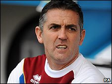 Burnley boss Owen Coyle has distanced himself from the vacant Bolton manager's job