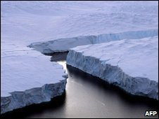 An iceberg in the Australian Antarctic Territory (archive image)