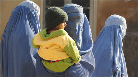 Women with a child in Afghanistan