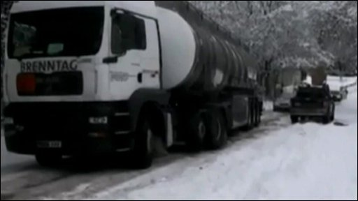 A lorry stuck in the snow
