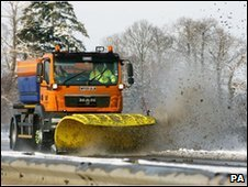 Snow plough on the M20