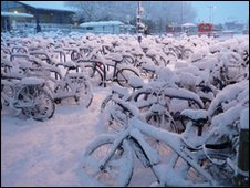 Bikes at Oxford station (picture by Laurence Todd)