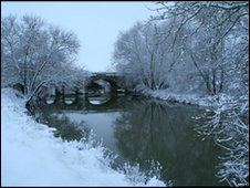 Old Pershore bridge, by Andy Tivenan