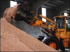 JCB loading grit