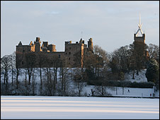 Linlithgow Palace (Pic by Catherine Rowley-Williams)