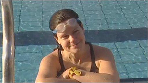 London Fields lido swimmer