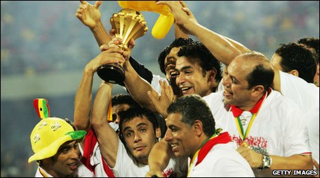 Egyptian players and coaches celebrate their 2008 Nations Cup triumph in Accra, Ghana