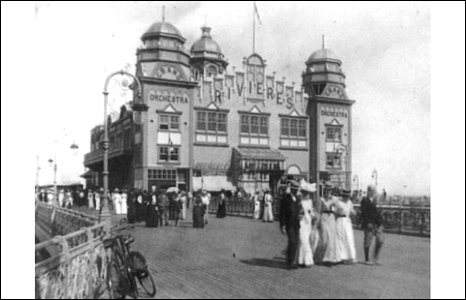 Colwyn Bay pier pavilion in the early 1900s