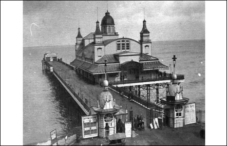 Old photo of pier pavilion
