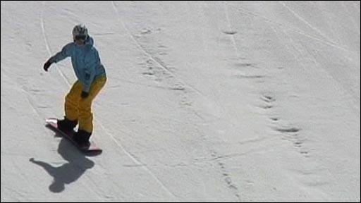 Zoe Gillings training in Les Deux Alpes