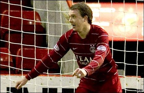 Aberdeen striker Darren Mackie celebrates scoring against Hearts