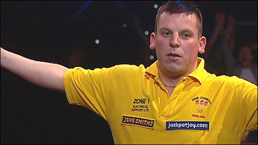 Dave Chisnall celebrates reaching the BDO final